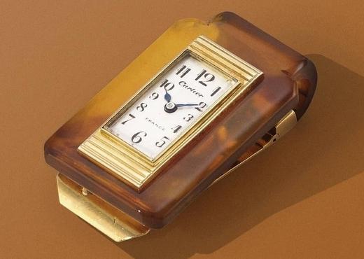 Пять необычных предметов, в которые создатели встроили часы