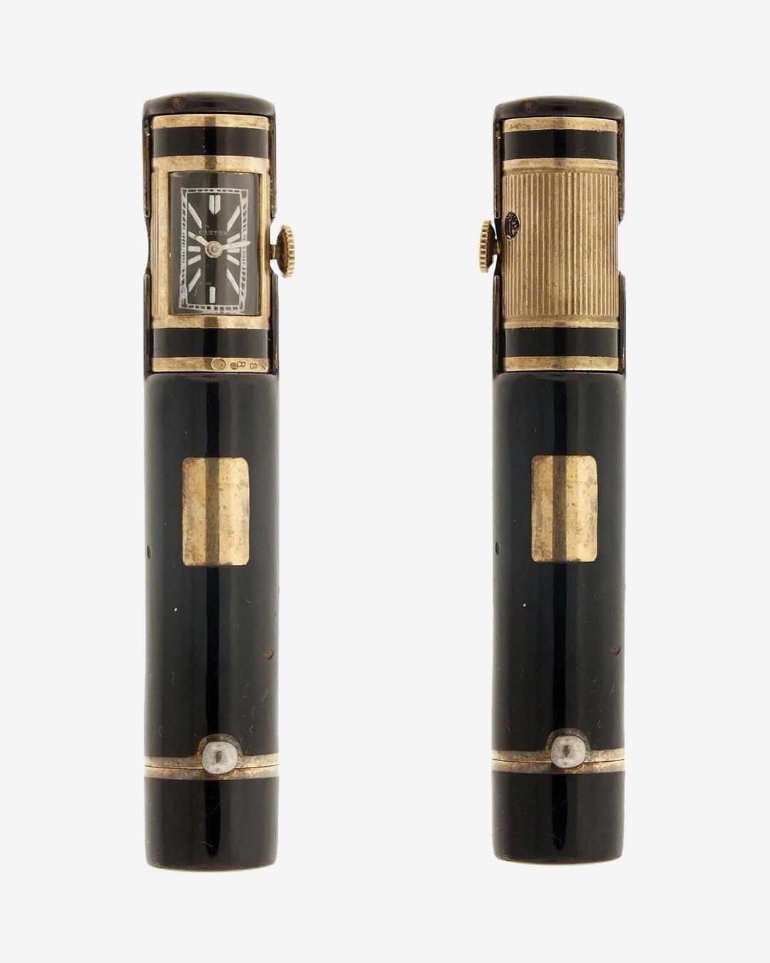 Тюбик губной помады Cartier