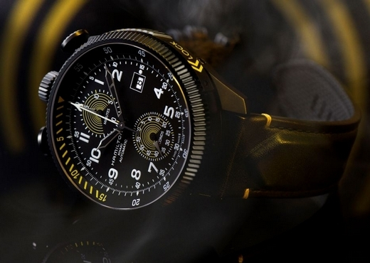 Часы Hamilton Khaki Takeoff Auto Chrono в честь эффектного трюка
